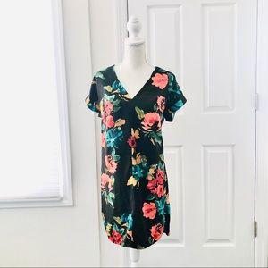 4/$25 A New Day Floral Print V Neck Shift Dress XS